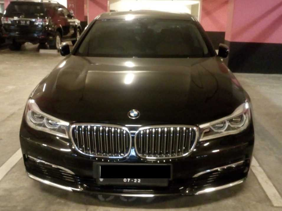 rental mobil bmw seri 7, sewa bmw seri 7, rental bmw, wedding car, rental mobil mewah, wedding car, sewa pengantin
