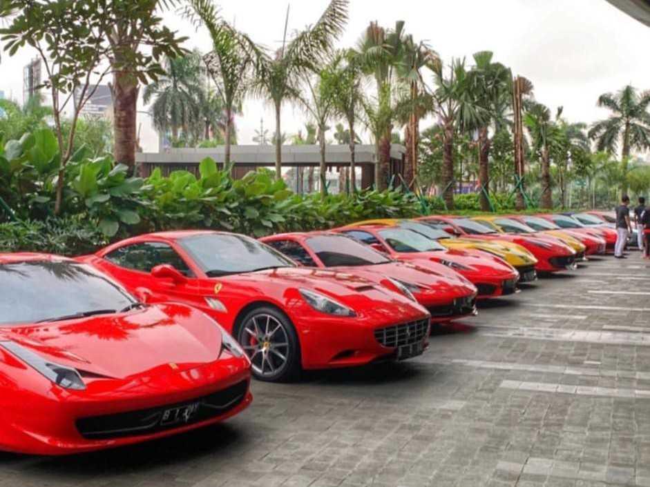 Sewa Mobil Mewah, Rental Mobil Pengantin