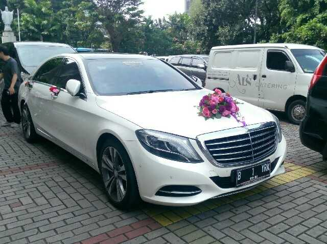 rental mobil mercedes benz s class, sewa mercedes benz s 400 putih, wedding car mercy s class, rental mobil mewah mercedes benz s 400, sewa mobil pengantin s class